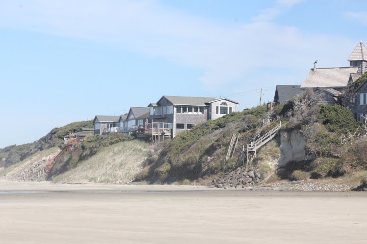 Photo of coastal property south of Lost Creek, by Sara Schreiber.