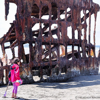 Photo of the wreck of the Peter Iredale, by H. Kroggins.