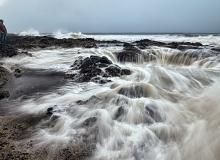 Thor's well, one of Oregon's premier rocky shore areas.\Photo by Bruce Swenson.
