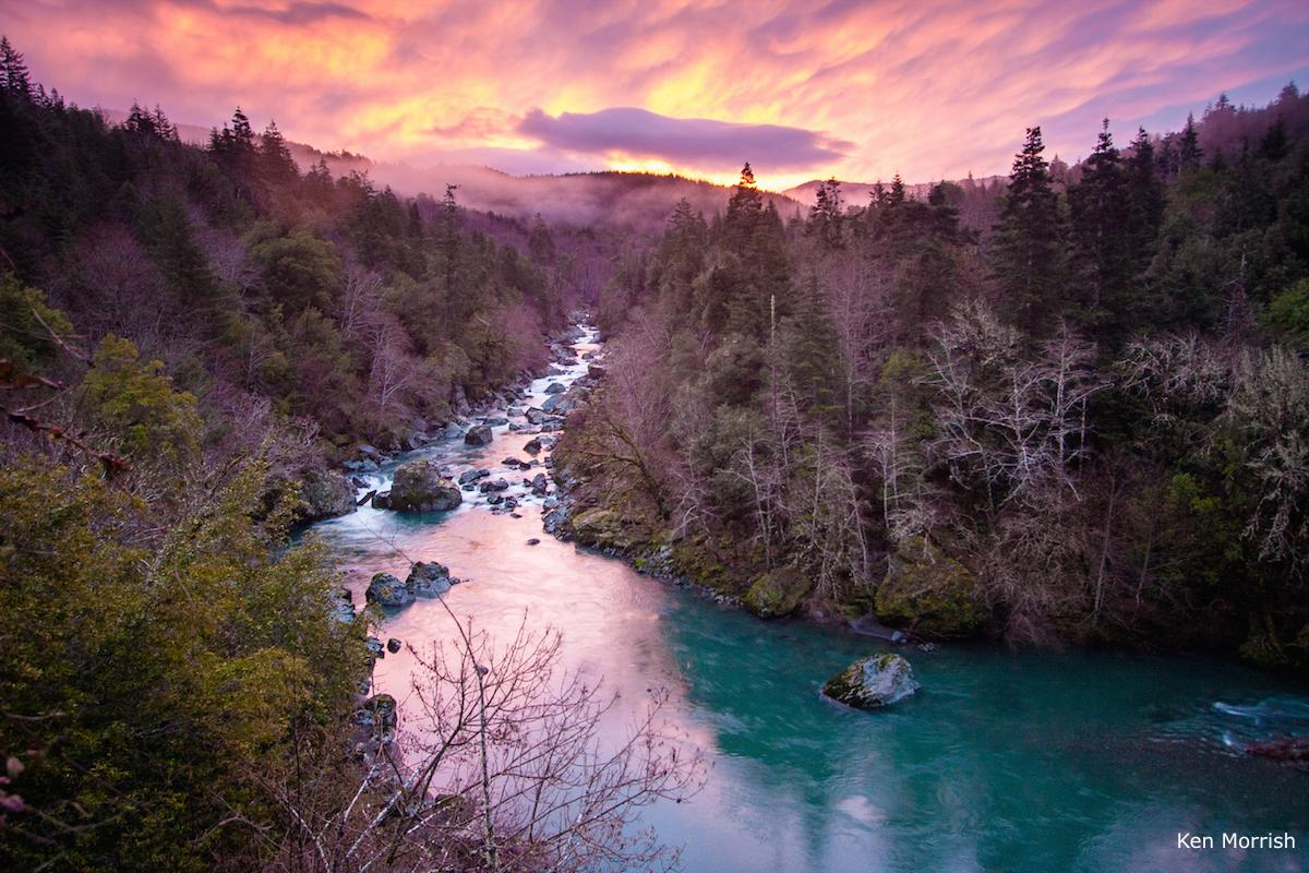 Photo of the Pistol River at sunset by Kem Morrish.