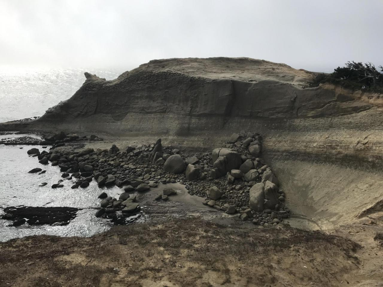 End of cape shoeing new rock fall