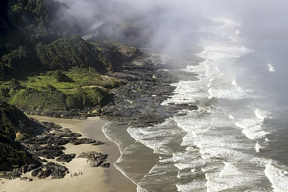 Mouth of Devils Churn at Cape Perpetua, low tide.\Photo by Rena Olson.