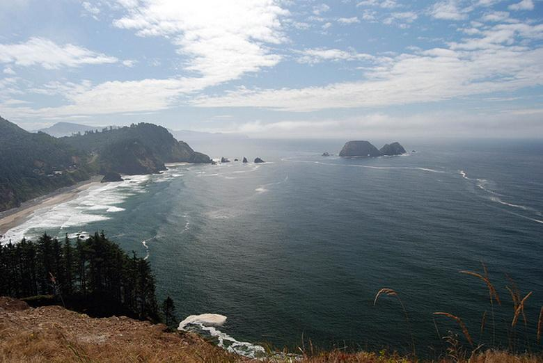Seascape--Oregon's peaceful waters.\Photo by Gregory Henton.