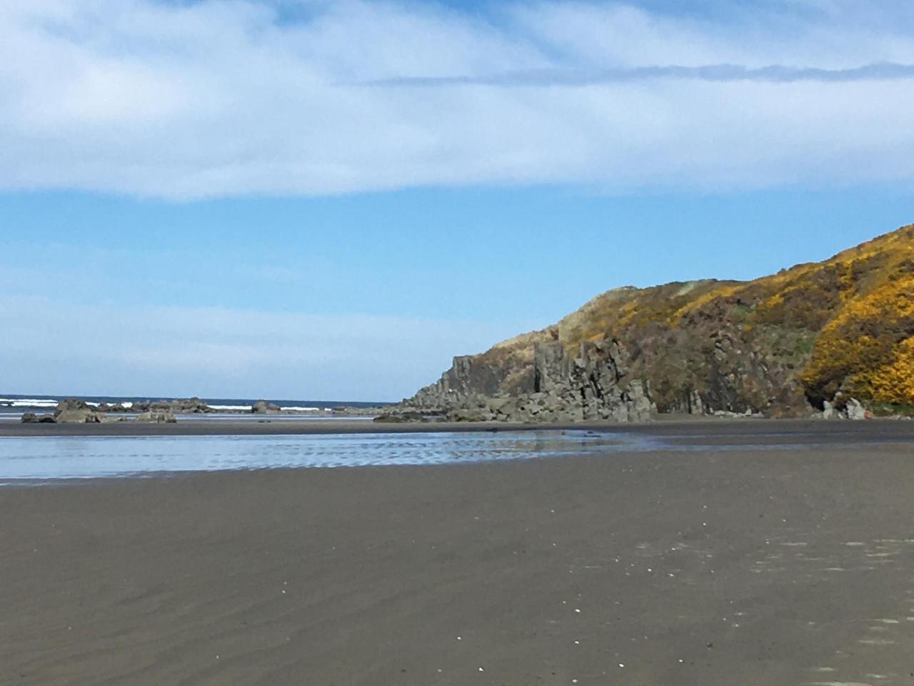 Whisky Run Beach facing north