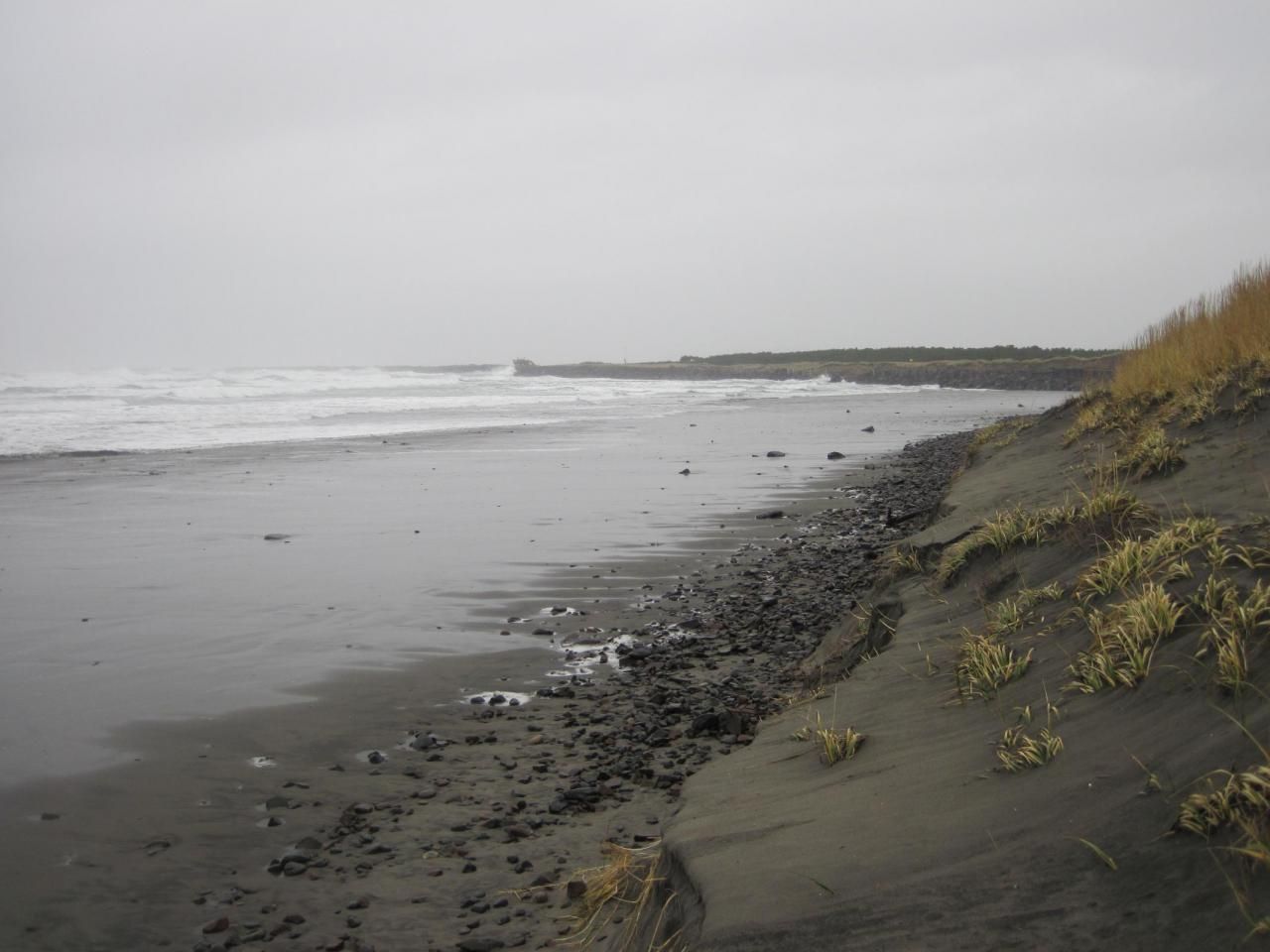Looking north toward So. Columbia River Jetty.