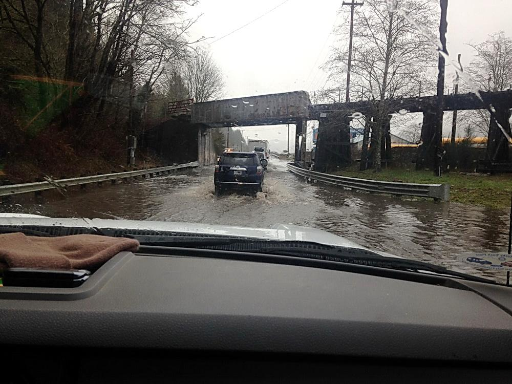 King Tide swamps Highway 126.\Photo by Greg Reed.
