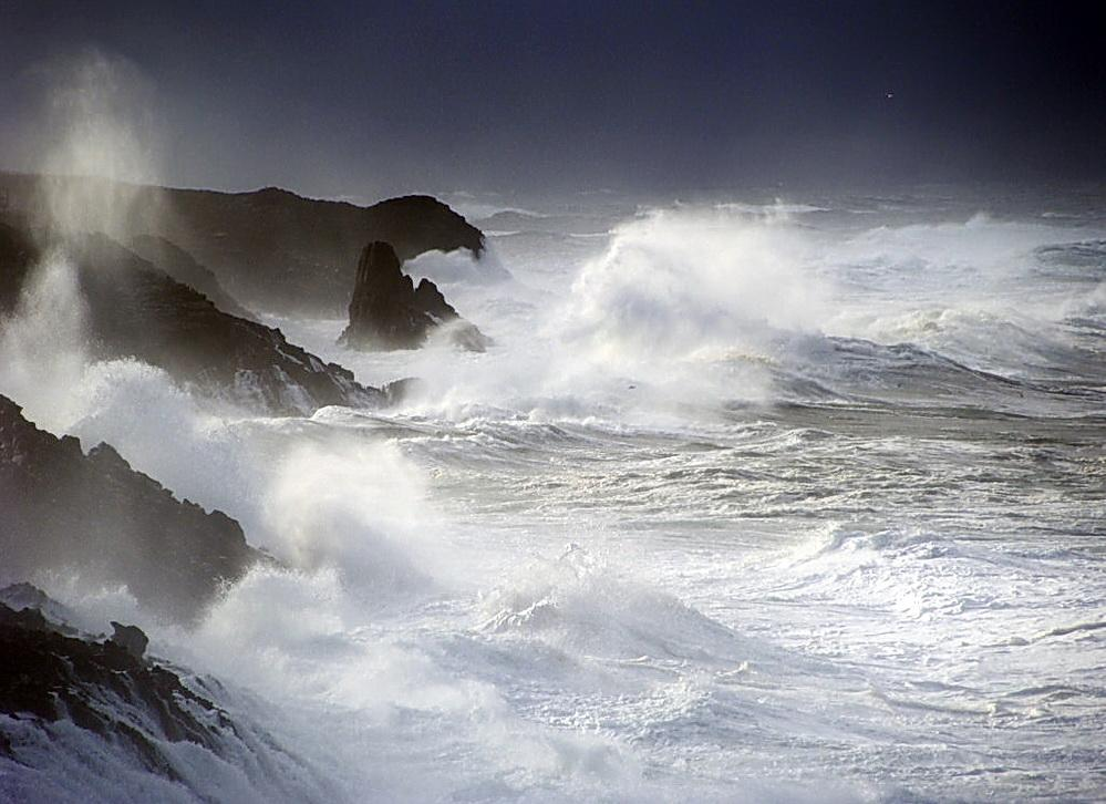 Storm surge waves during a King Tide. Photo by Jenny Green.
