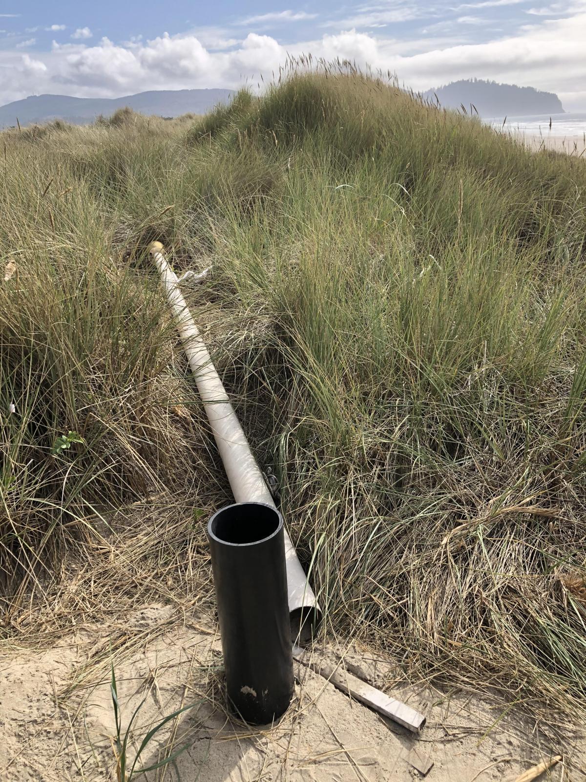 Large flagpole base and pole