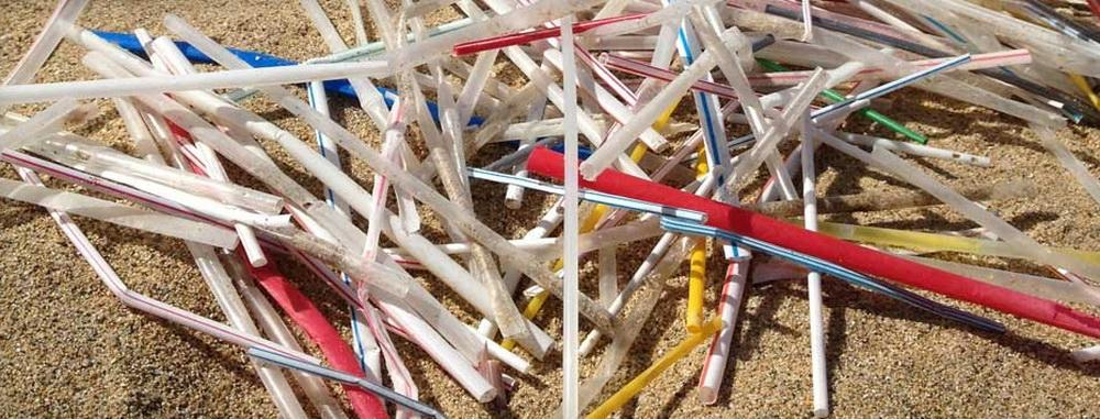 Plastic straws, leading components of marine debris.\Photo courtesy of The Last Plastic Straw.