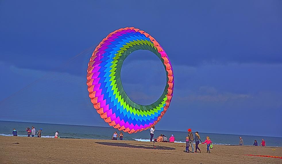 Spinner kite.\Photo by Kirt Edblom.