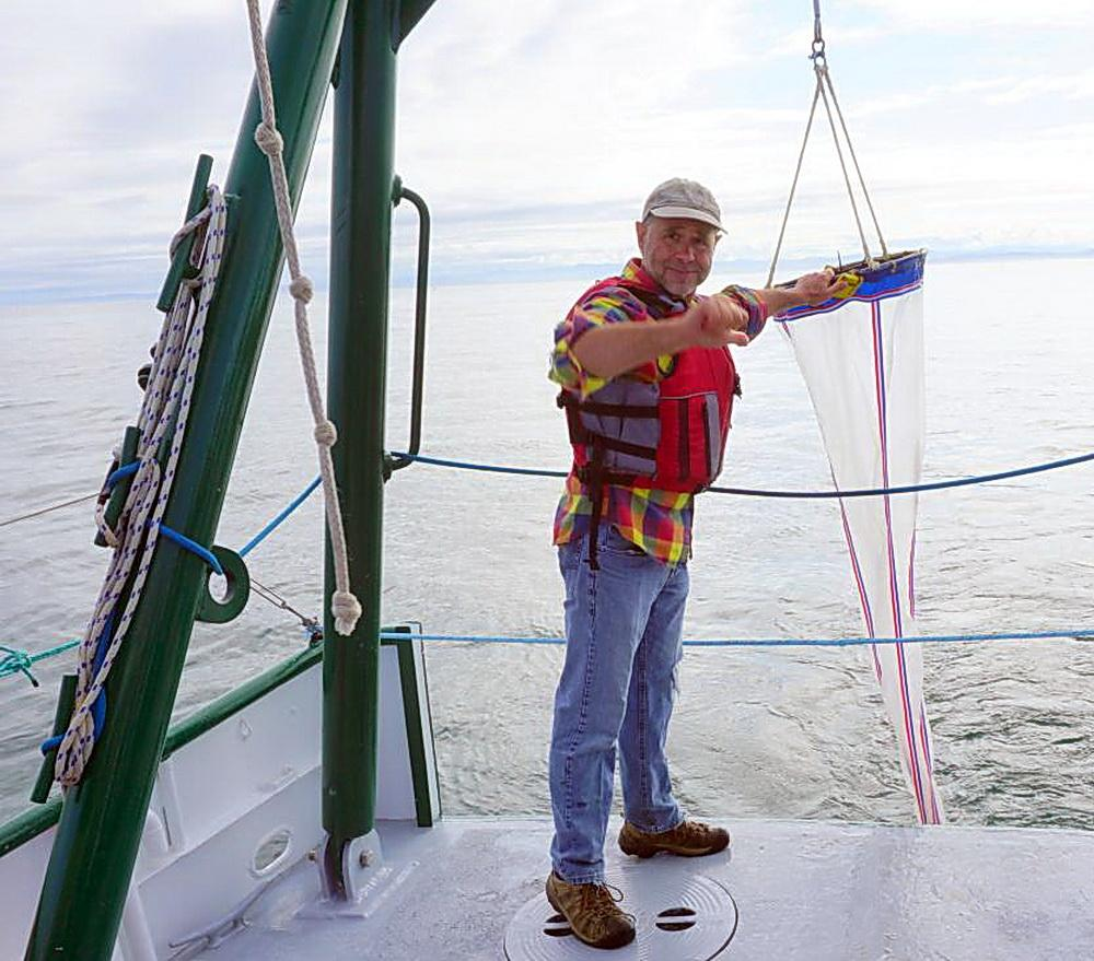 Larry Basch on the research vessel Pluteus.\Photo by Brent Lerwill.