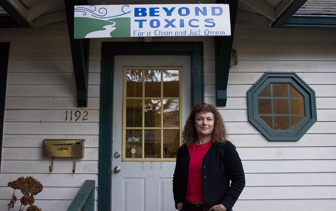 Photo of Lisa Arkin of Beyond Toxics.