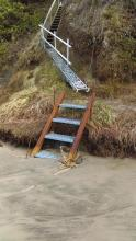 New stairway to Beach.