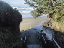 King tide, N steps, Tillicum Beach CG