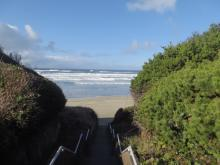 King tide, S steps, Tillicum Beach CG
