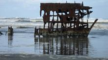 Wreck of the Peter Iredale, up close and personal