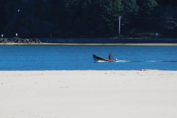 Lone crabber, Alsea Bay