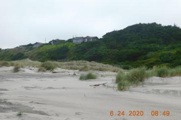 Dunes, forest, houses, Mile 204