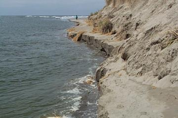 Sand eroding into the water, as we watched! Beach passage was eliminated.