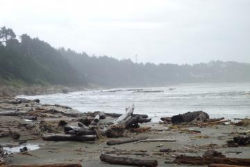 Looking south towards Agate Beach wayside from somewhere south of the Lucky Gap access stairway.