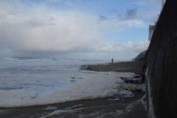Morning King Tide at the steps area west of SW 35th St, Lincoln City
