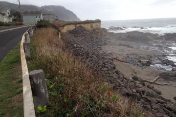 Coastal erosion north of river affecting Ocean View drive