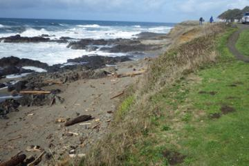 Looking north from Yachats State Park along Ocean View Drive