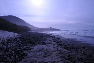 Stonefield Beach on south side of Tenmile Creek-looking south