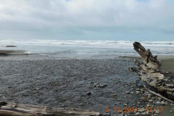 Incoming tidal surge meeting Buckley Creek
